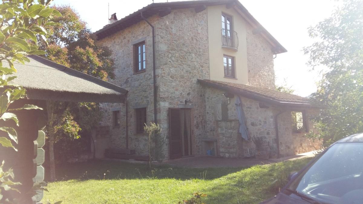 Rustico/Casale/Corte Camaiore LU890255
