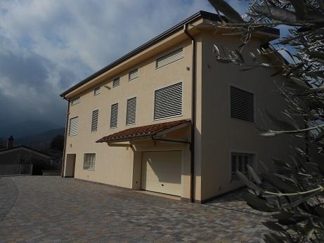 Villa in Affitto a Capannori
