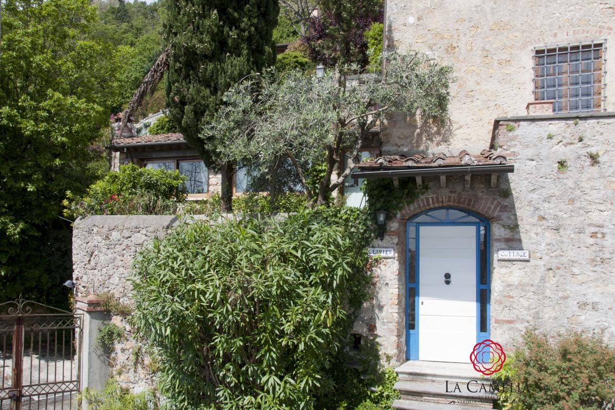 Rustico/Casale/Corte Pietrasanta LU1427