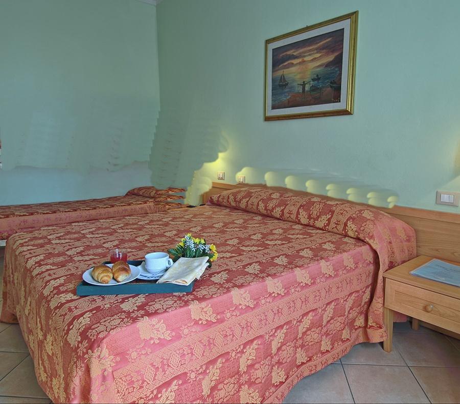 Albergo/Hotel Viareggio LU1995