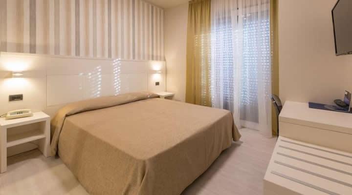 Albergo/Hotel Camaiore LU943604