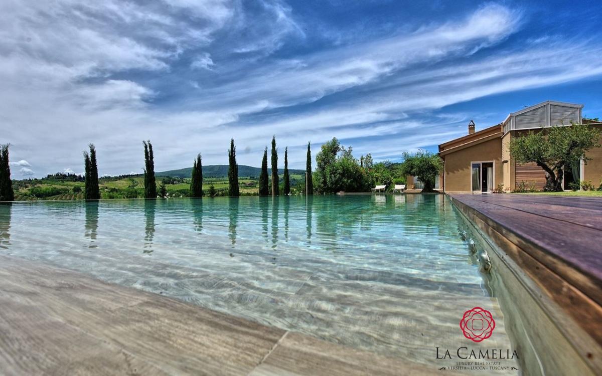 Villa affitto San Gimignano (SI) - OLTRE 6 LOCALI - 270 MQ