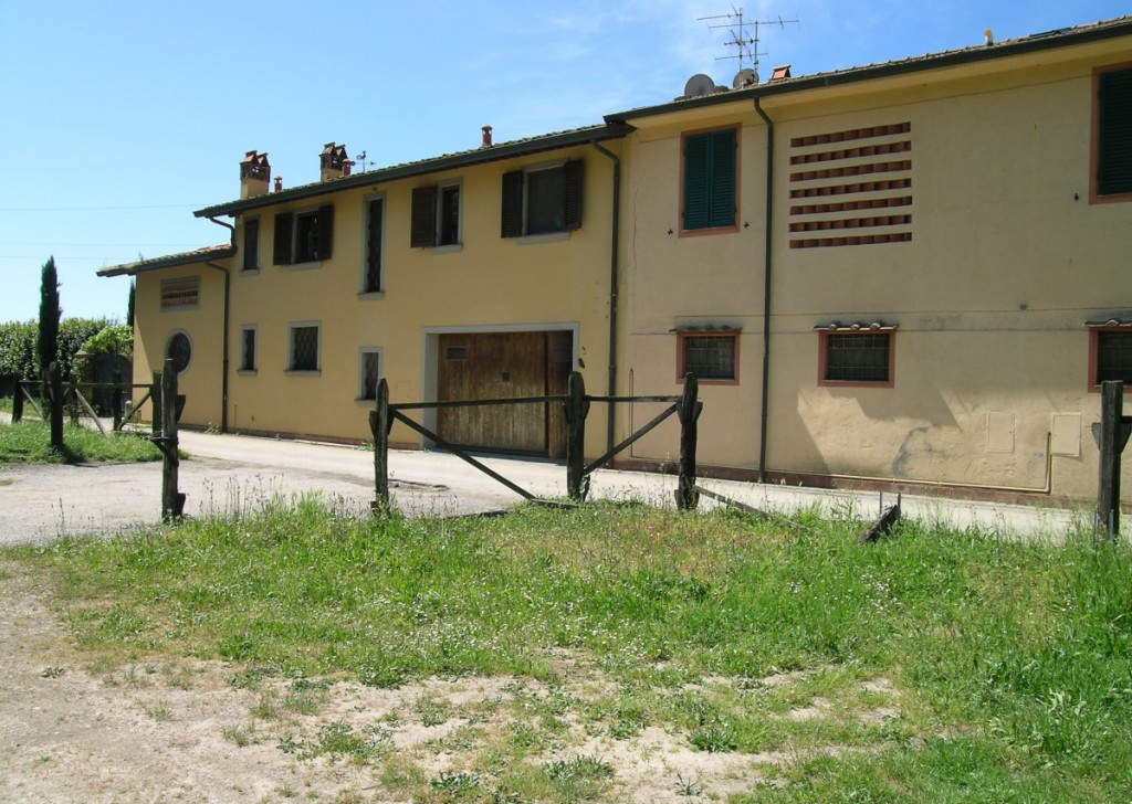 For Sale Farmhouse Massarosa - Country villa - Pian di Mommio Massarosa Locality