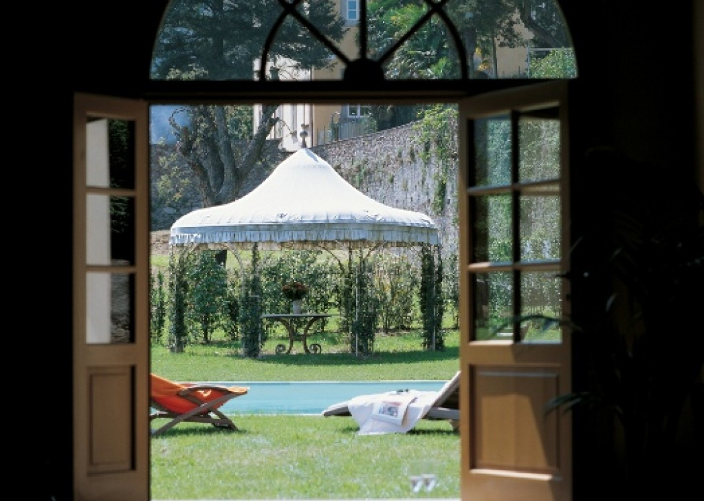 Rent Villa Lucca - Holiday Home - Casa Laghetto - Luxury Villa - Lucca countryside Locality