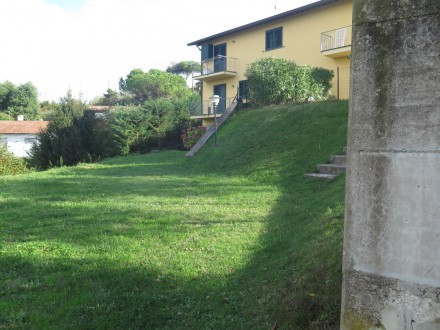 Hills above Massarosa -  Panoramic villa for sale with garden and seaview
