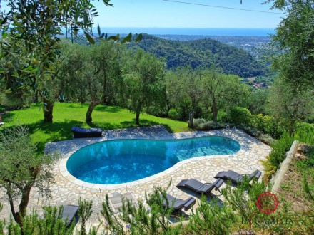 Villa with sea view - hills overlooking Pietrasanta