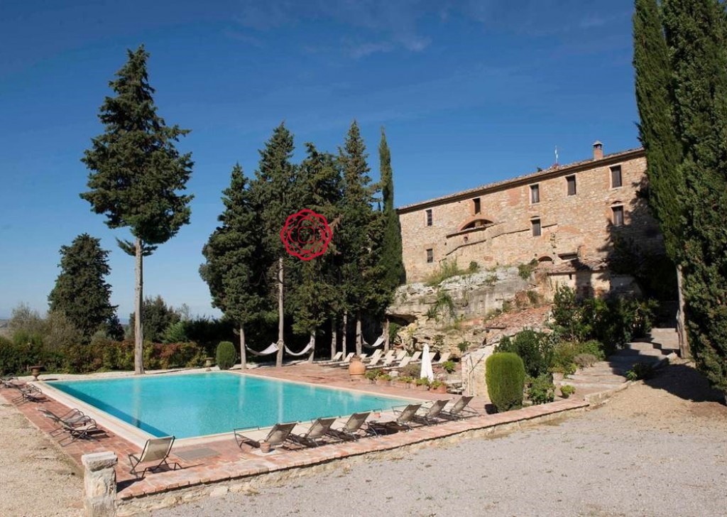 Holiday Rentals Farmhouse Asciano - Aia Vecchia - Farmhouse with swimming pool - Weekly rentals Locality
