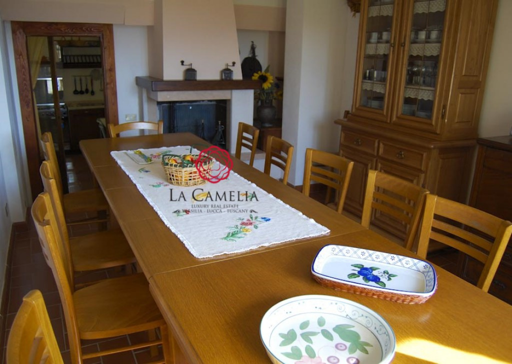 Holiday Rentals Farmhouse Radicofani - Il Cerro - Farmhouse with swimming pool - Weekly rentals Locality