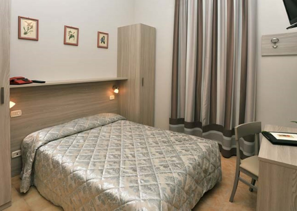 Sale Hotel  Montecatini Terme - Hotel - 3 stars- 50 rooms - Montecatini Terme Locality