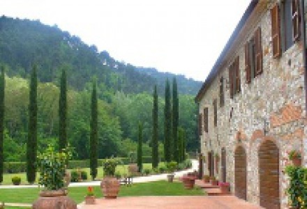 Luxury Farmhouse with beautiful park - Countryside of Lucca