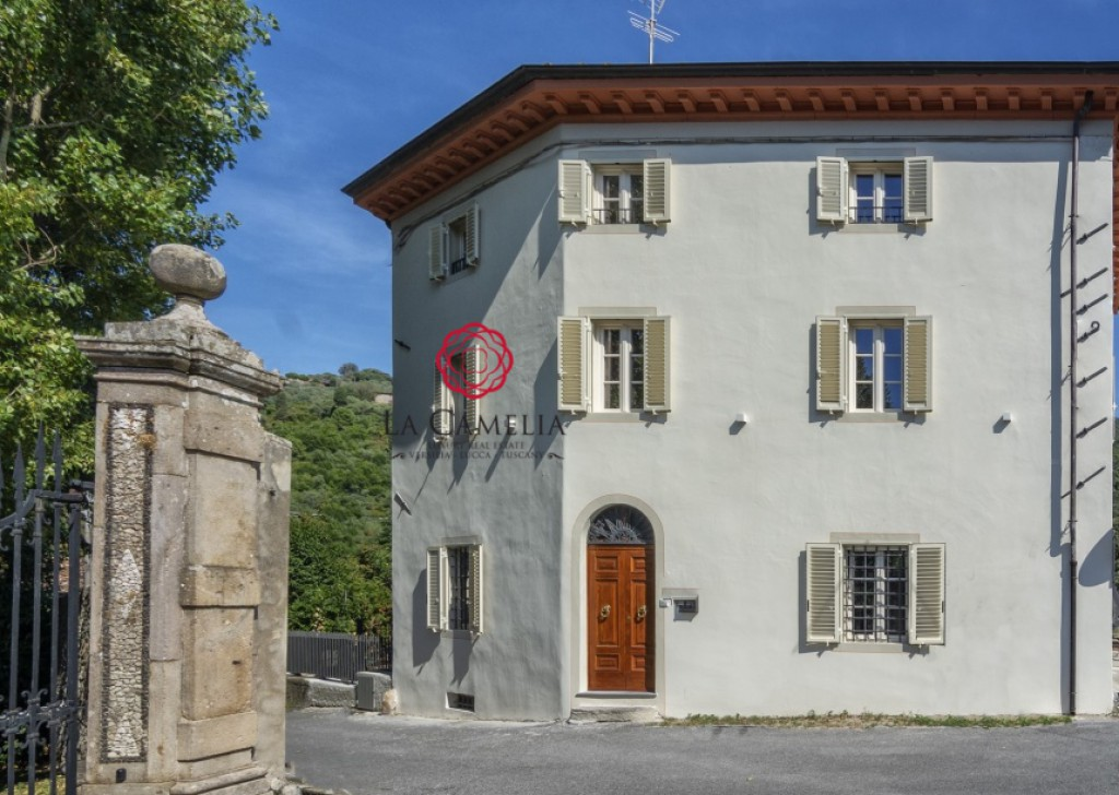 Sale Agriturism / B&B Capannori - Stylish B&B for sale just a few miles from Lucca Locality
