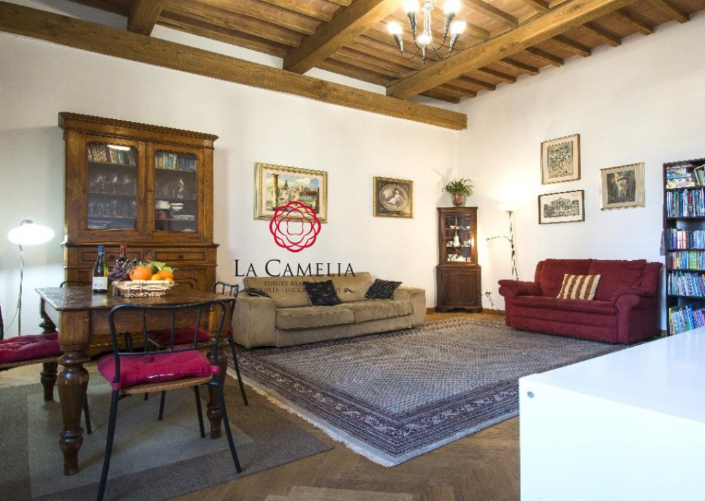 Sale Apartment Lucca - Large Apartment in the Old Town of Lucca Locality