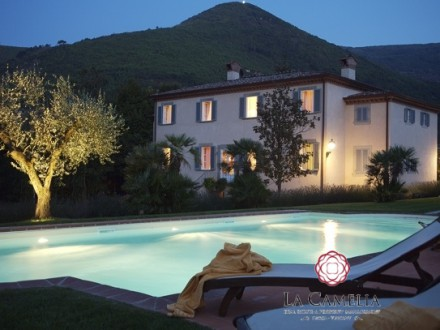 Holiday Home -  Villa Le Rose - Luxury Villa - Lucca countryside -weekly rentals
