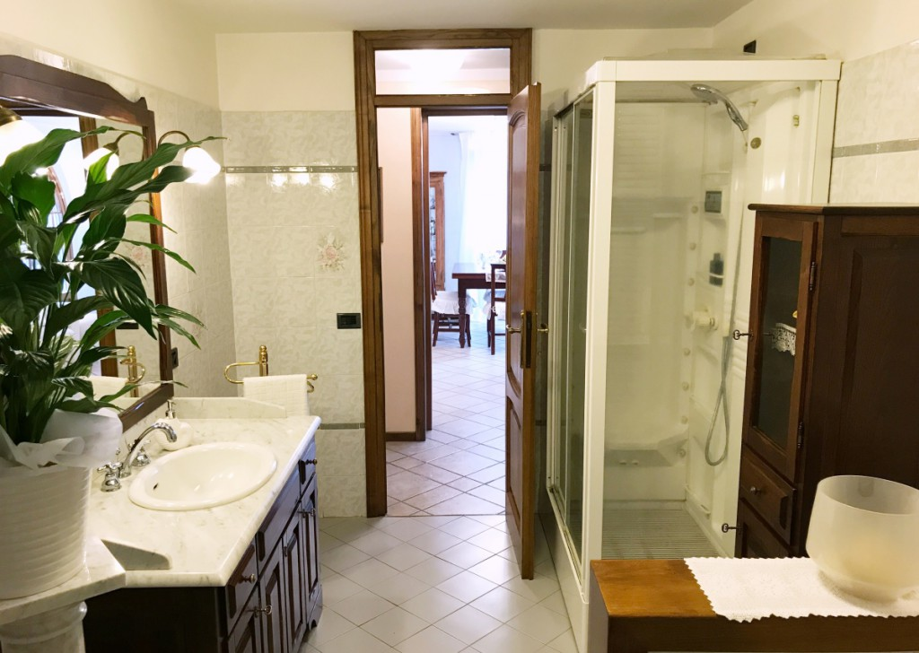 Sale Villa Camaiore - Villa for sale in Camaiore Locality